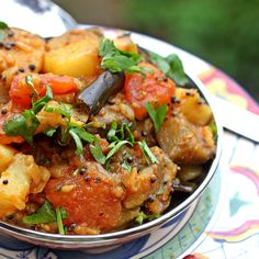 Curried Eggplant and Potatoes. Alu Baigan is a comforting and ridiculously simple dish pairing eggplants tomatoes and potatoes. Vegan Gluten-free and good for you! Baigan Recipes, Aloo Recipes, Curry Recipes, Recipies, Vegetable Recipes, Vegetarian Recipes, Cooking Recipes, Healthy Recipes, Vegetarian Cooking