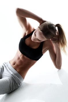 Bodyweight Workout http://www.changeinseconds.com/60-bodyweight-exercises-you-can-do-at-home/