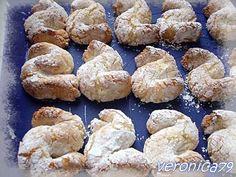 fiocco di neve(pasta di mandorla siciliana) Mini Pastries, Italian Pastries, Italian Desserts, Italian Biscuits, Italian Cookies, Biscotti Cookies, Cake Cookies, Cheesecake Desserts, Dessert Recipes
