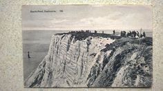 Vintage Postcard EASTBOURNE Beachy Head Sussex - 1910 s? People on top of cliffs