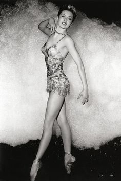 Cyd Charisse (1946) . i wish all dancers were still this healthy size. They are too small now.