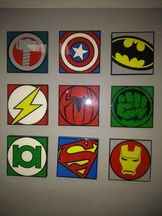 Marvel Comics-Super Heroes Squares-Kids T-Shirt Bambino