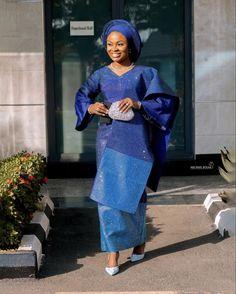 Nigerian Bride, Nigerian Lace, Bridal Looks, Bridal Style, Gold And Burgundy Wedding, Nigerian Traditional Wedding, African Wedding Attire, Yoruba Wedding, Aso