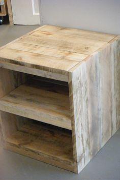 Nachtkastje pallethout