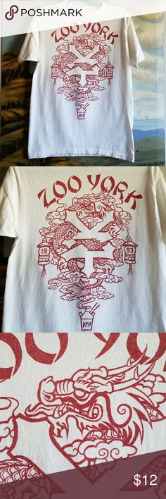 White & Red Zoo York Short Sleeve Tee Medium Pm2 ZOO YORK Medium  100% Cotton Excellent pre-loved condition  Pit to pit 19 in Shoulder to shoulder 18 in Zoo York Shirts Tees - Short Sleeve
