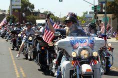 Stockton Summer Bucket List: Go See A Parade....Miracle Mile 4th of July Parade. #stocktonsummer