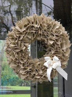 Best 12 How to Make a Swatch Burlap Wreath Tutorial (Video). See how to make a DIY burlap wreath from creative swatches of fabric and ribbon. Burlap Projects, Burlap Crafts, Wreath Crafts, Diy Wreath, Burlap Bows, Burlap Wreaths, Diy Crafts, Burlap Curtains, Wreath Ideas