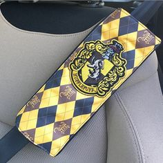 Harry Potter Hufflepuff Handmade Seat Belt Cover with Velcro Straps #hufflepuff #harrypotter #seatbeltcover