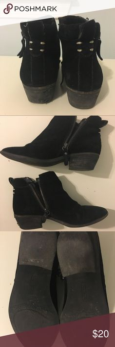 Vince Camuto tricera black ankle booties Suede side zip black booties by Vince Camuto. Well worn and loved, as seen in photos. Vince Camuto Shoes Ankle Boots & Booties