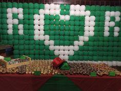 Painel de balões que já serviu de divisória para o apoio do pessoal do salgado/bebidas atrás..