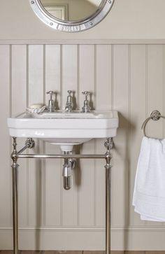 neutral Bathroom Decor neutral bathroom decor - sandy tones evoke nautical theme without the obvious blue and white Bronze Bathroom, Neutral Bathroom, Bathroom Sets, Bathroom Wall, Modern Bathroom, Small Bathroom, Parisian Bathroom, Bathroom Canvas, 1930s Bathroom