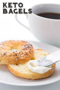 Truly chewy keto bagels - you want them and I've got them! These bagels are low carb, nut-free, and take only 5 ingredients to make. Easy and delicious, they will take your healthy breakfast to a whole new level. All Day I Dream of Food, use this one! Keto Bagels, Low Carb Bagels, Keto Bread, Diabetic Bread, Keto Foods, Low Carb Breakfast, Breakfast Recipes, Breakfast Ideas, Breakfast Gravy