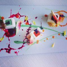 Cheese cake, albicocche, menta e frutti rossi
