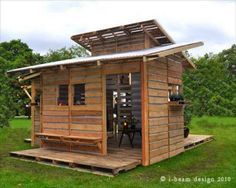 This is the Pallet Emergency Home. It Can Be Built in One Day With Only Basic Tools.