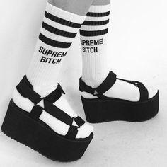 Resultado de imagen de supreme socks