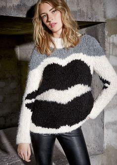 Lana Grossa PULLI MIT LIPPEN-INTARSIEN Lala Berlin Hairy - design special No. 3 - Modell Seite 8 | FILATI.cc WebShop
