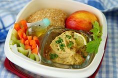 Orientalisch mit Hummus