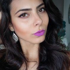 Meninas, como prometido, apresento-lhes FRU FRU! Batom líquido da Daillus. Vou postando um a cada dia, sem filtro, pra vocês conhecerem. Eu adorei a textura e a fixação. E o melhor de tudo, ele NÃO TRANSFERE. Vale a pena experimentar!! #lipstick #Daillus #frufru #marianamussestudio #vocêaindamaislinda #makeup