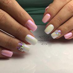 Accurate nails, Bow nails, Bridal nails, Ideas of gentle nails, Lady Gaga nails, Nails with rhinestones, Pale pink nails, Perfect nails
