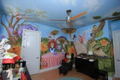 Alice in wonderland nursery *i could paint the pictures bett