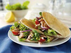 Probieren Sie die leckeren Pita-Brote mit Thunfischfüllung von EAT SMARTER oder eines unserer anderen gesunden Rezepte!
