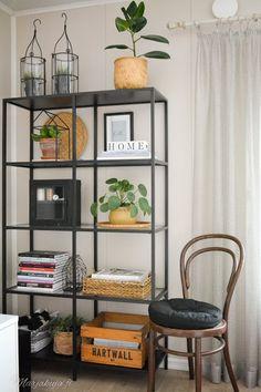Edullisten löytöjen koti osa 2 - Lifestyle Blogi   www.marjakuja.fi Shelving, Ikea, Lifestyle, Home Decor, Shelves, Decoration Home, Ikea Co, Room Decor, Shelving Units