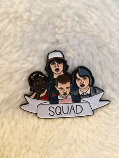 New Stranger Things Squad Enamel Pin Pins Flair Pin by ShopJosieB Pin And Patches, Iron On Patches, Hocus Pocus, Tsumtsum, Jacket Pins, Cool Pins, Pin Badges, Lapel Pins, Pin Collection