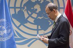22 avril 2016 – Un nombre record de 175 pays signent l'Accord de Paris sur les changements climatiques au Siège de l'ONU, à New York. On vous emmène dans les coulisses de cet événement historique. Découvrez notre album !