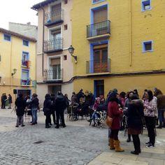 """Como cada primer domingo de mes, ayer se celebró en la Plaza de San Agustín, de 11 a 14 horas """"La Plaza de la Música"""", un encuentro que fusiona música, arte y coleccionismo #zaragozaguia #zaragoza #regalazaragoza #zaragozapaseando #zaragozaturismo #zaragozadestino #miziudad #zaragozeando #mantisgram #magicaragon #loves_zaragoza #loves_aragon #igerszaragoza #igerszgz #igersaragon #instazgz #instamaños #instazaragoza #zaragozamola #zaragozacity #quehacerenzgz #navidadenzaragoza"""