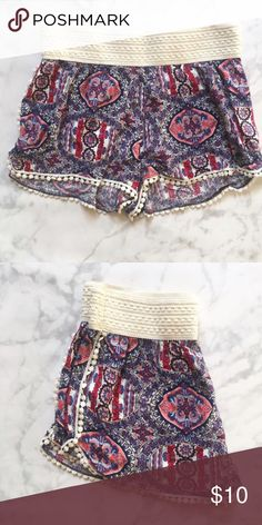 NWOT Multi Color Shorts Purchased off of Poshmark. They are a little big for me. The waste is elastic and they are super cute to wear to the beach or out on a sunny afternoon. Shorts