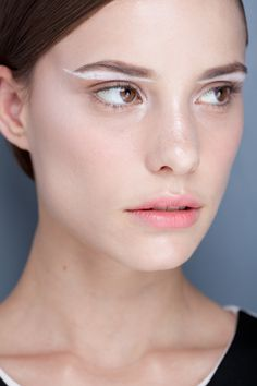 Gloria Coelho Spring/Summer 2013. http://votetrends.com/polls/369/share #makeup #beauty #runway #backstage