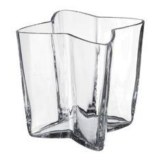 STJÄLK Vase IKEA Mundgeblasen; jedes Exemplar wurde von einem talentierten Kunsthandwerker gefertigt.