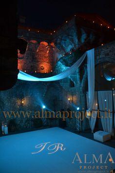 ALMA PROJECT @ Castello di Vincigliata - Led pars balcony - moving heads - gobo on dancefloor 503