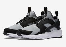 """#sneakers #news  Nike To Releases The Air Huarache Ultra In A """"Bo Jackson"""" Colorway"""