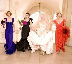 Doe inspiratie op bijonderstaandebekende bruidsmeisjes. Van Eva Longoria tot Lauren Conrad, ze hebben allemaal eens in prinsessenjurk #thevow #trouwen #bekendebruidsmeisjes