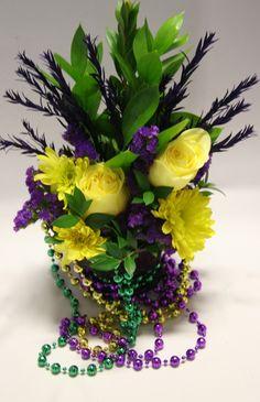 Mardi Gras Flowers. Laissez les bons temps rouler!