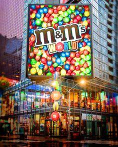 M&M'S world store - new york Lower Manhattan, Rockefeller Center, Little Italy, M&m World London, M & M Store, Empire State, Times Square New York, Future Days, Las Vegas Vacation
