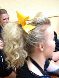 <3 Cheer Ponytail, Cheer Hair, Girly Things, Cheerleading, Gymnastics, Hairstyles, Ideas, Girl Things, Fitness