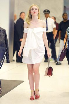 Cool 95 Elle Fanning Style Ideas That You Must Know https://fashiotopia.com/2017/05/15/95-elle-fanning-style-ideas-must-know/ The large bang itself cannot be proven, which is the reason it's a theory, you can't test it into a lab or return in time to witness it.