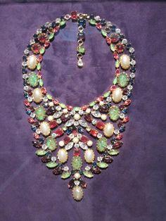 Schreiner bib necklace