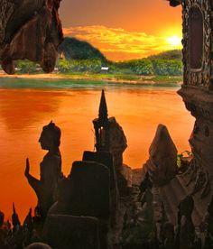 Thousand Buddhas, Mekong River