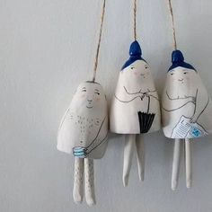Handpicked: The Quirky Characters of Yen Yen Lo — A Good Yarn・・・ A sneak peek of some self-conscious nudists going tolo · · · A glimpse into . Ceramics Projects, Clay Projects, Clay Crafts, Diy And Crafts, Arts And Crafts, Ceramic Clay, Ceramic Pottery, Keramik Design, Sculptures Céramiques