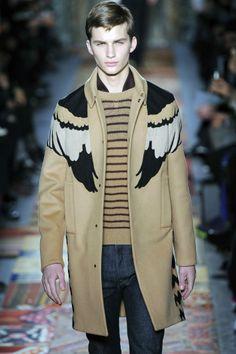 Valentino autumn-winter 2014-15 #ALFAIATARIAS #lanosos #blocos_de_tecidos #patches #retilineas #listrados #JEANS