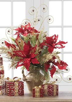 These metal gift boxes are a wonderful addition to your arrangement. Christmas Flower Arrangements, Christmas Flowers, Christmas Centerpieces, Xmas Decorations, Red Christmas, All Things Christmas, Christmas Time, Floral Arrangements, Christmas Wreaths