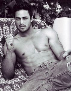 Taylor Kinney...DELICIOUS