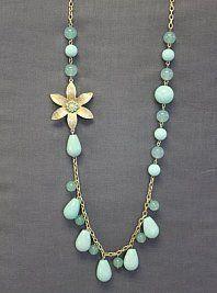 Beautiful necklace via la mode