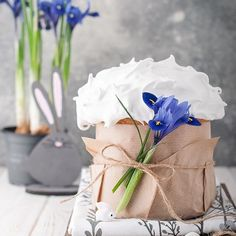 Easter Specials, Bakery Packaging, Spring Desserts, Easter 2020, Kitchen Art, Easter Recipes, Happy Easter, Food Art, Cake Decorating