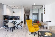 Návšteva minimalistického bytu v novostavbe na Kolibe   DOMA.SK Conference Room, Table, Furniture, Home Decor, Decoration Home, Room Decor, Tables, Home Furnishings, Home Interior Design