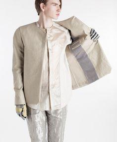 Showtime is the University of the Arts London online space specially designed for the degree show season. Colorbox, Fall Winter, Autumn, Raincoat, Menswear, Leather Jacket, Archive, Lisa, Label