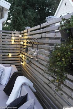 40 simple lighting ideas for beautify your backyard 8 ~ Litledress - Modern Outdoor Garden Lighting, Outdoor Gardens, Outdoor Decor, Landscape Lighting, Backyard Patio, Backyard Landscaping, Patio Design, Garden Design, Fence Design